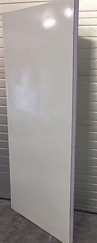 Ge�soleerde panelen en XPS sandwich panelen met harde polyesterlaag
