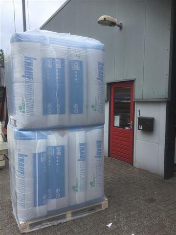 Glaswol van het merk Knauf. In ons assortiment hebben we Naturoll 032 en Naruroll 037